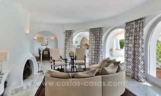 Stylish villa in perfect condition for sale on the Golden Mile, Marbella 4