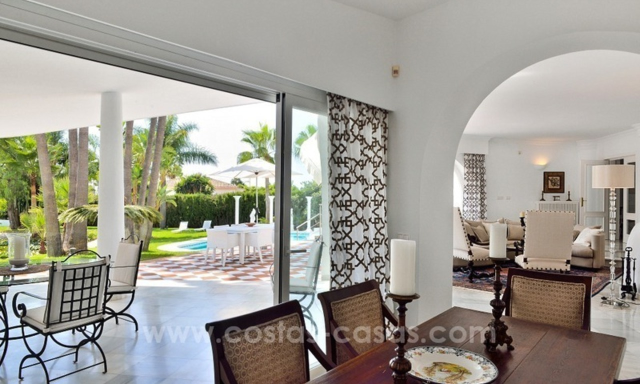 Stylish villa in perfect condition for sale on the Golden Mile, Marbella 6