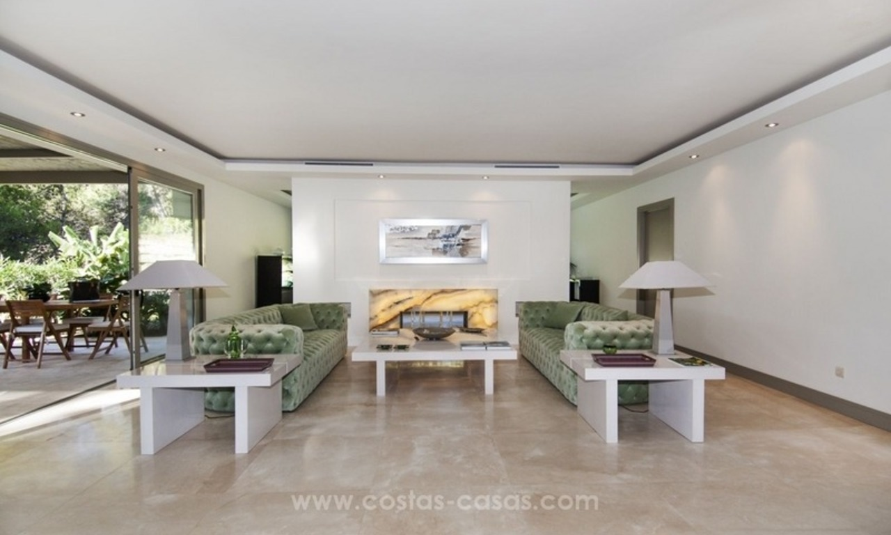 New frontline golf contemporary luxury villa for sale in East Marbella 16