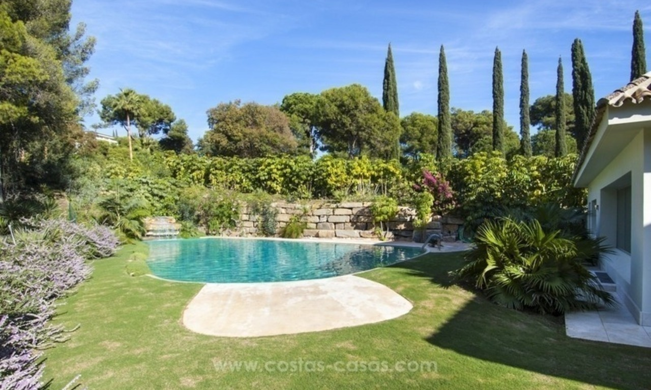 New frontline golf contemporary luxury villa for sale in East Marbella 2