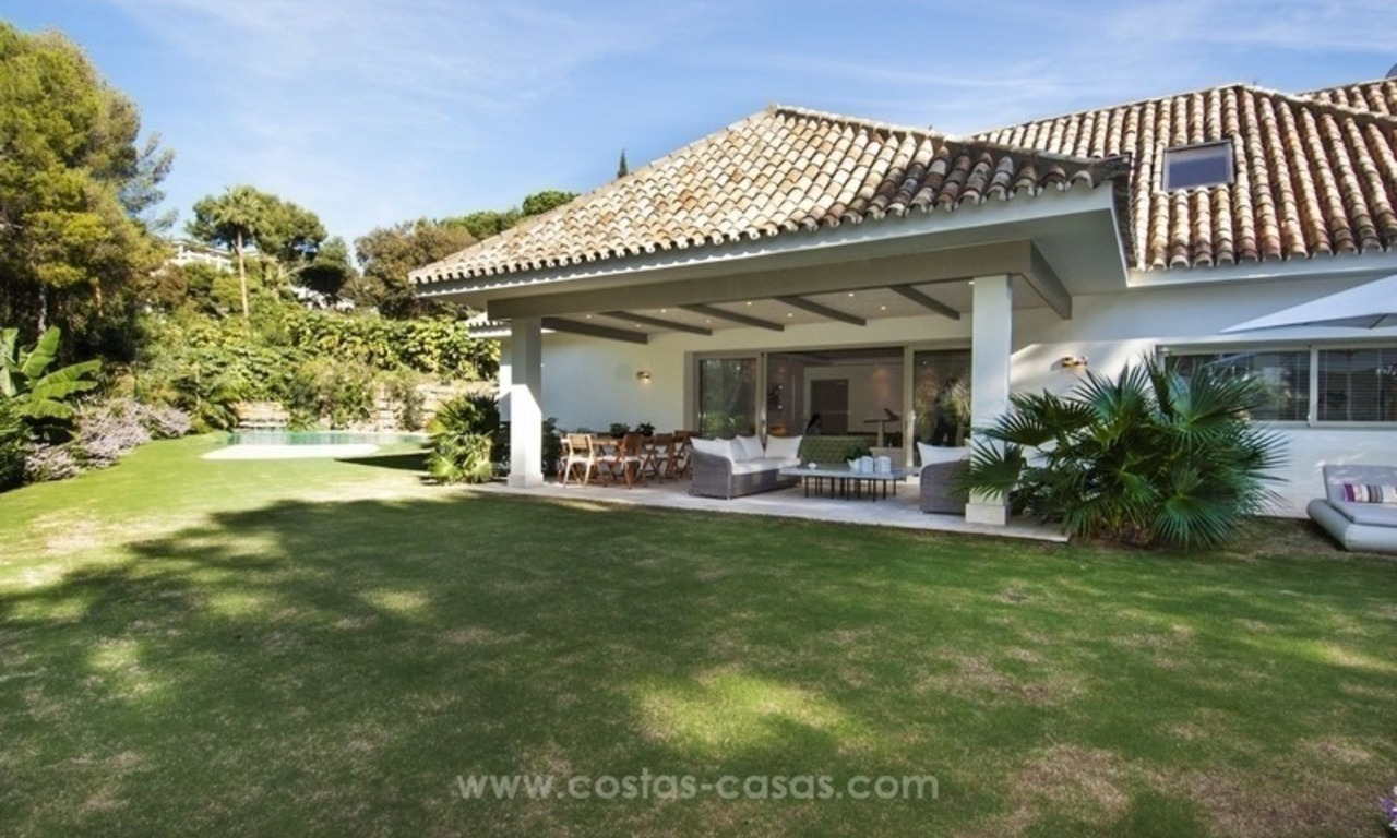 New frontline golf contemporary luxury villa for sale in East Marbella 8