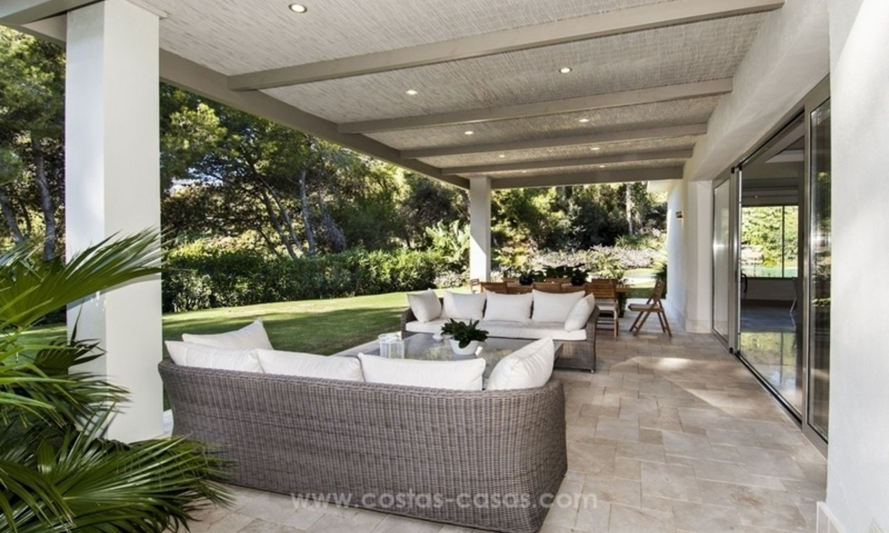 New frontline golf contemporary luxury villa for sale in East Marbella 12