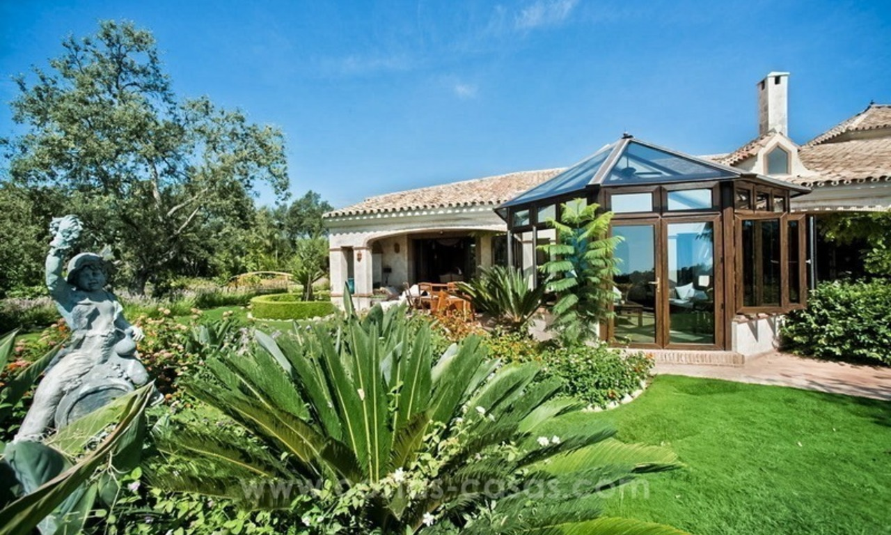 Beautiful Villa with sea view for Sale, La Zagaleta in Benahavis 10
