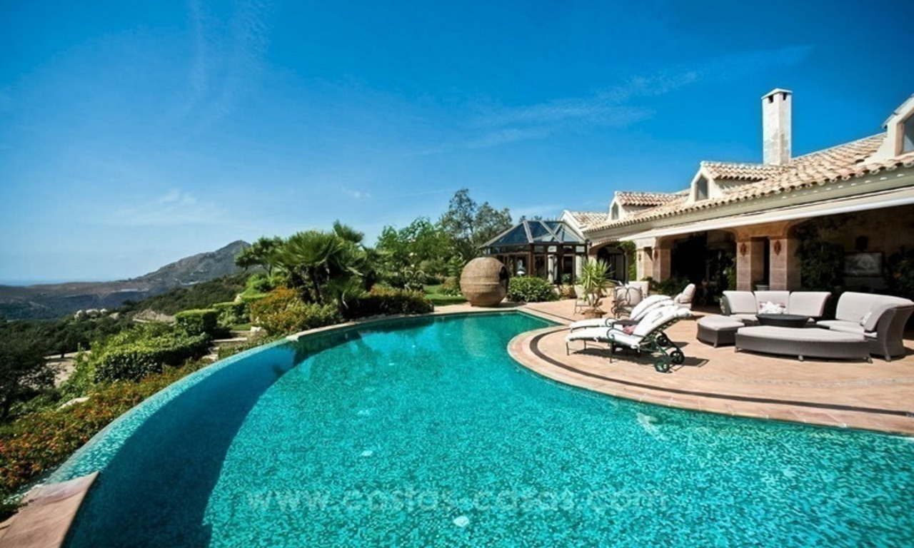 Beautiful Villa with sea view for Sale, La Zagaleta in Benahavis 13