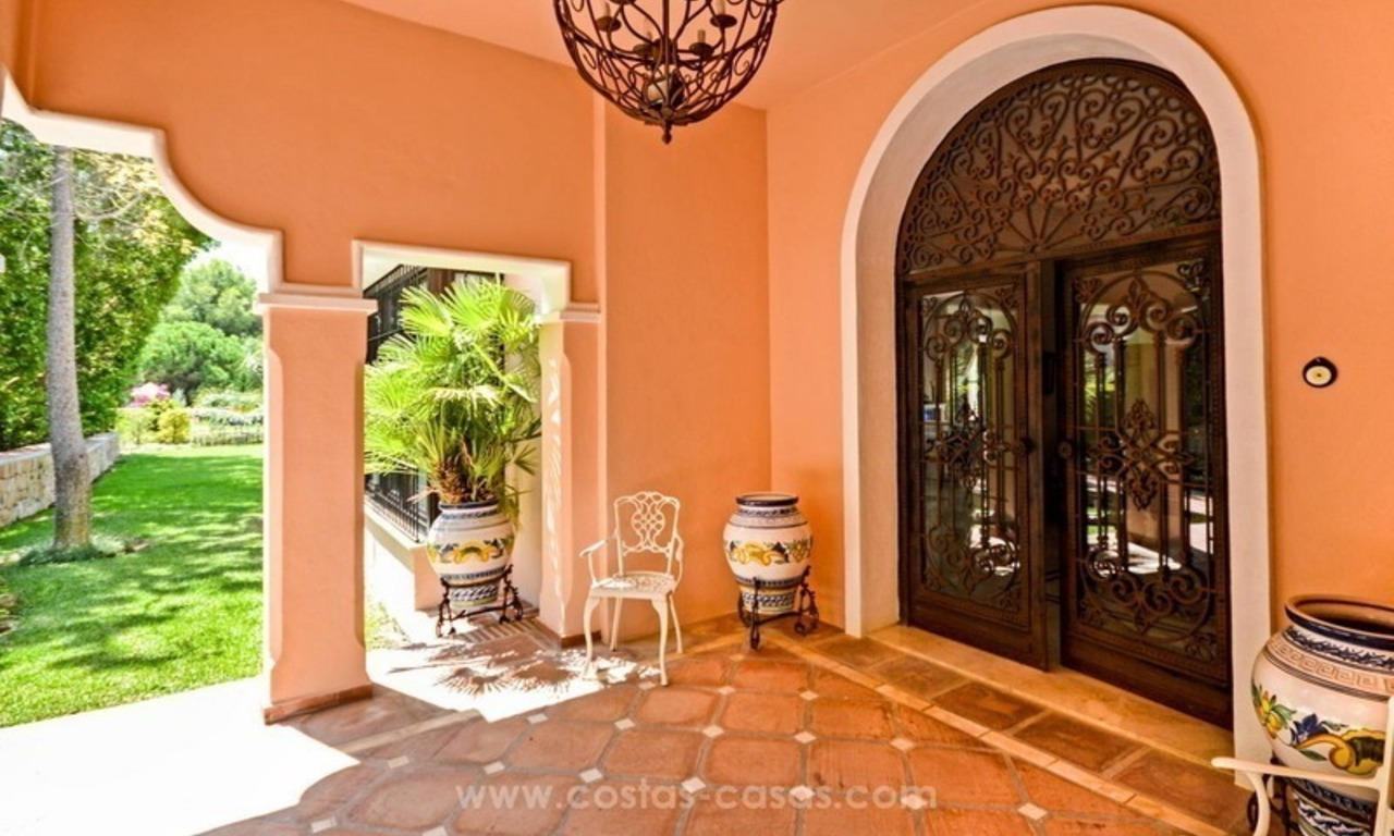 Luxury villa for sale, front line golf, in Marbella East 11