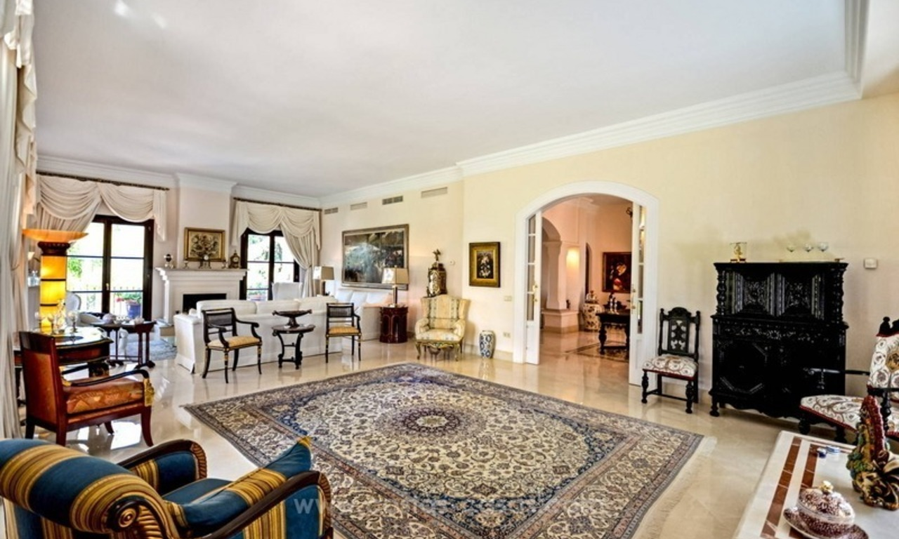 Luxury villa for sale, front line golf, in Marbella East 15