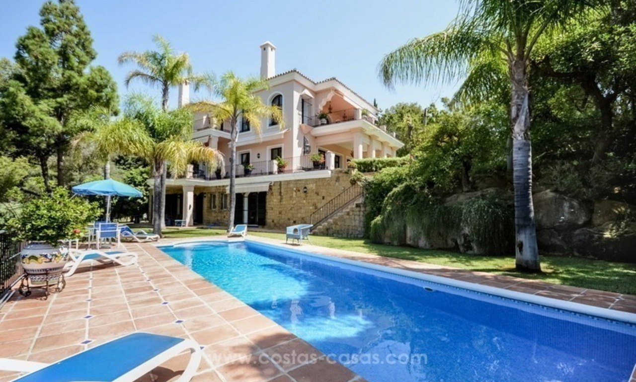 Luxury villa for sale, front line golf, in Marbella East 3