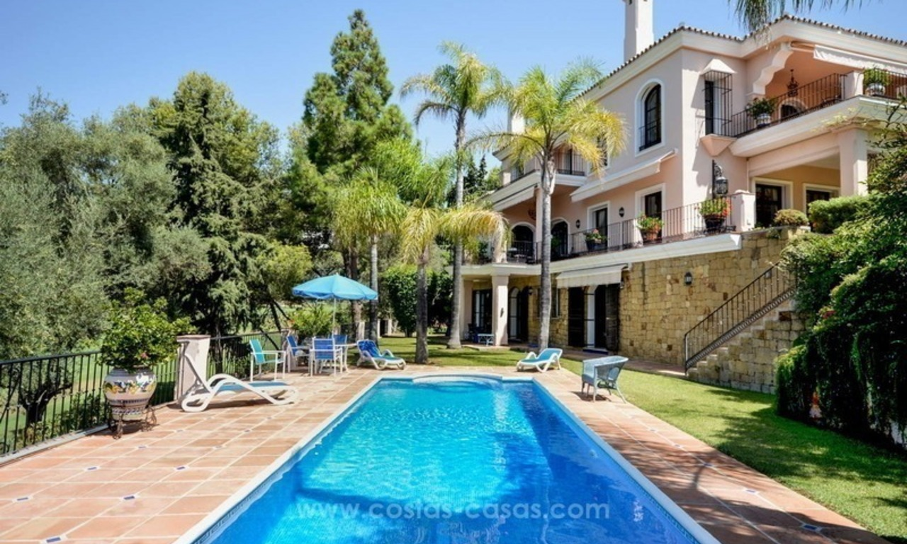 Luxury villa for sale, front line golf, in Marbella East 0