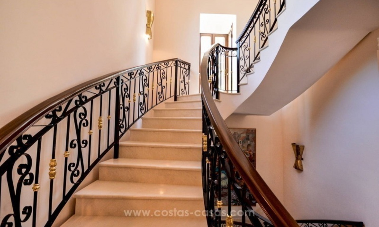 Luxury villa for sale, front line golf, in Marbella East 33