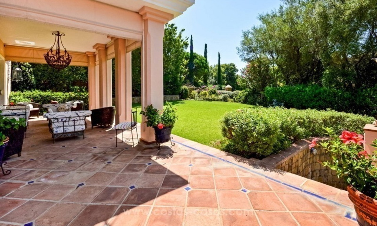 Luxury villa for sale, front line golf, in Marbella East 5