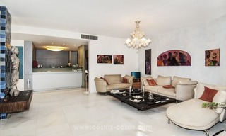 Spacious ground floor apartment for sale on The Golden Mile, Marbella 8