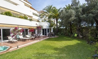 Spacious ground floor apartment for sale on The Golden Mile, Marbella 2