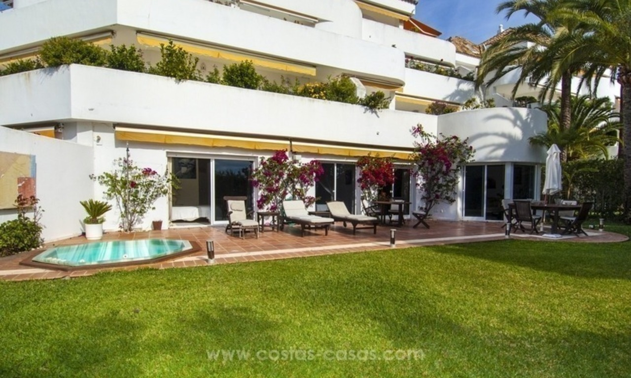 Spacious ground floor apartment for sale on The Golden Mile, Marbella 0