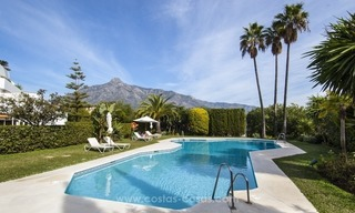 Spacious ground floor apartment for sale on The Golden Mile, Marbella 16