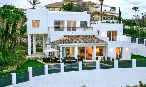 New modern contemporary villa with excellent panoramic sea views in Marbella