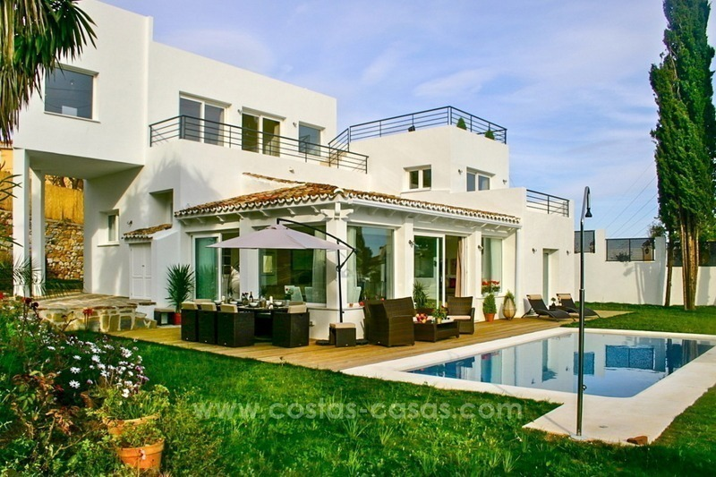 New modern contemporary villa with excellent panoramic sea views in Marbella 1