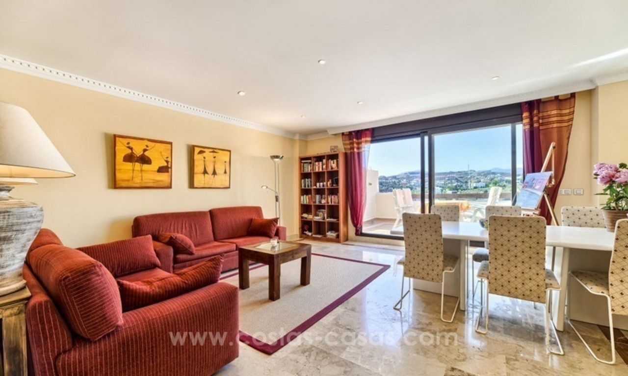Luxury top floor apartment for sale in Benahavis, Marbella 8
