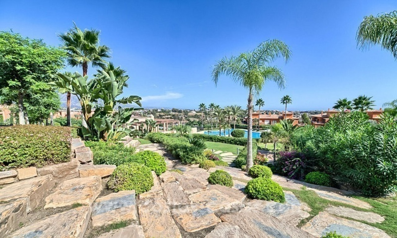 Luxury top floor apartment for sale in Benahavis, Marbella 21