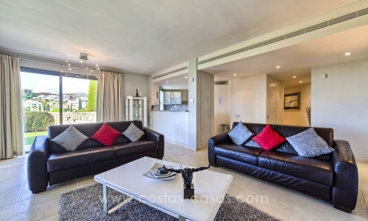 Modern luxury frontline golf ground floor apartment in a 5-star golf resort for sale in Benahavis - Marbella 5