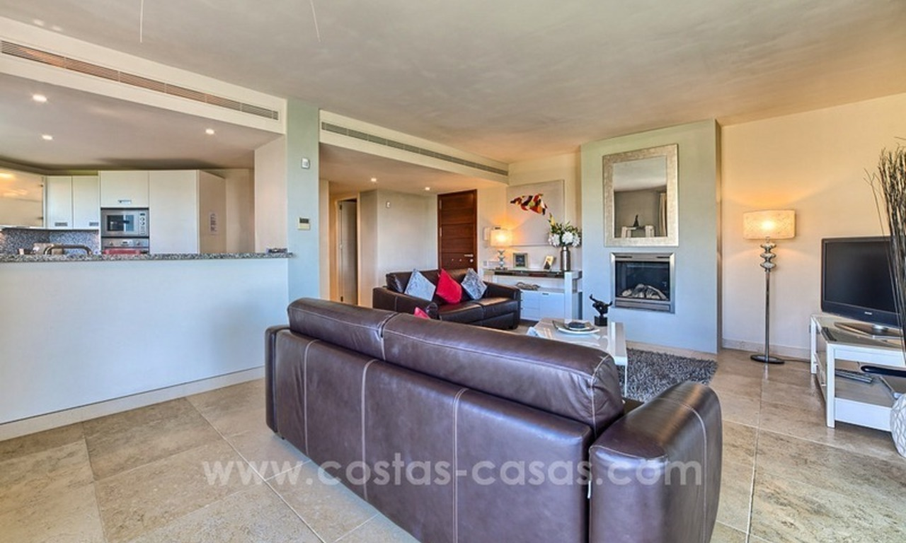 Modern luxury frontline golf ground floor apartment in a 5-star golf resort for sale in Benahavis - Marbella 6