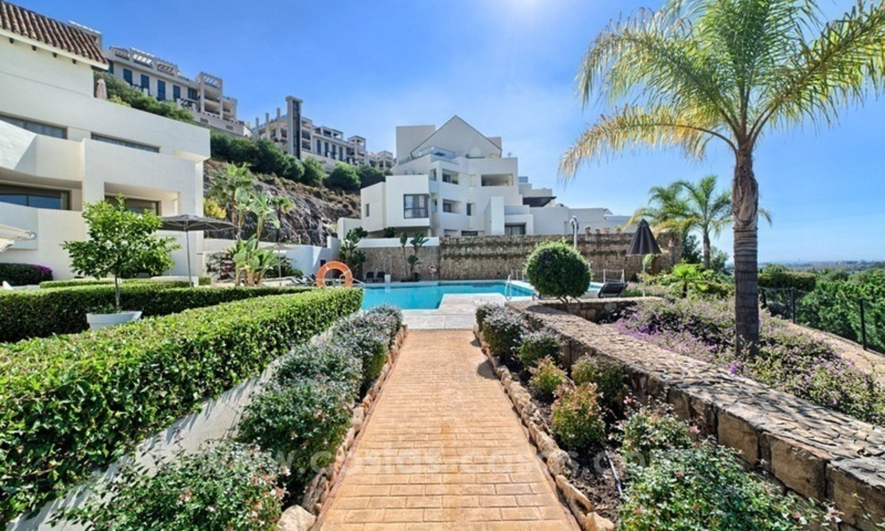 Modern luxury frontline golf ground floor apartment in a 5-star golf resort for sale in Benahavis - Marbella 12