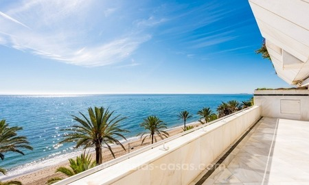 Exclusive upmarket frontline beach apartment for sale in Marbella center