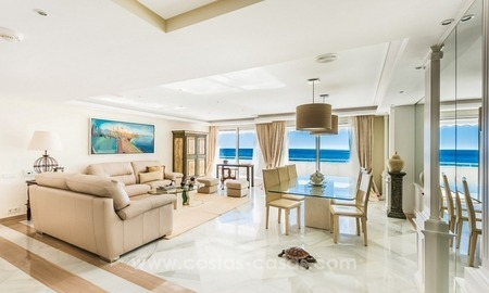 Exclusive upmarket frontline beach apartment for sale in Marbella center 2