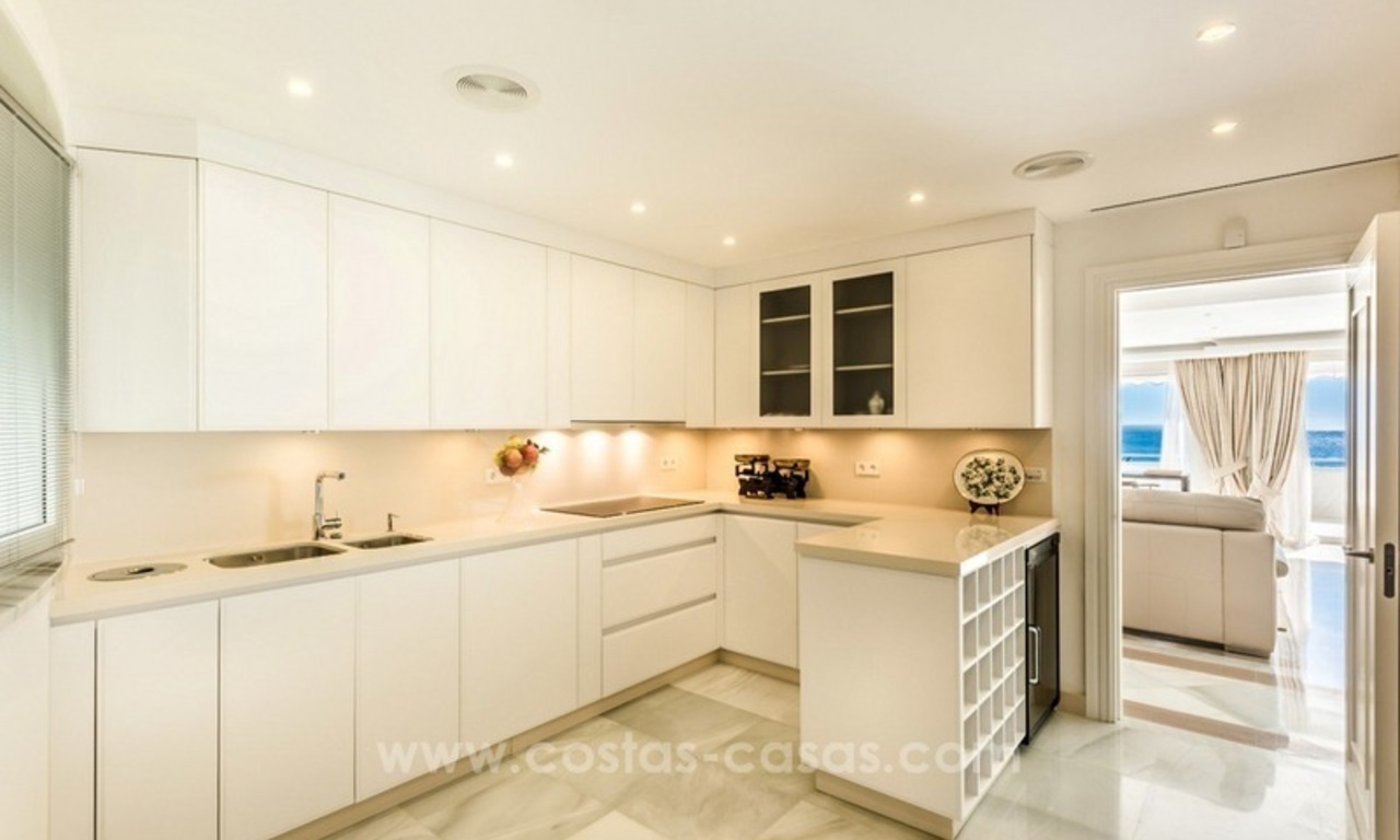 Exclusive upmarket frontline beach apartment for sale in Marbella center 3