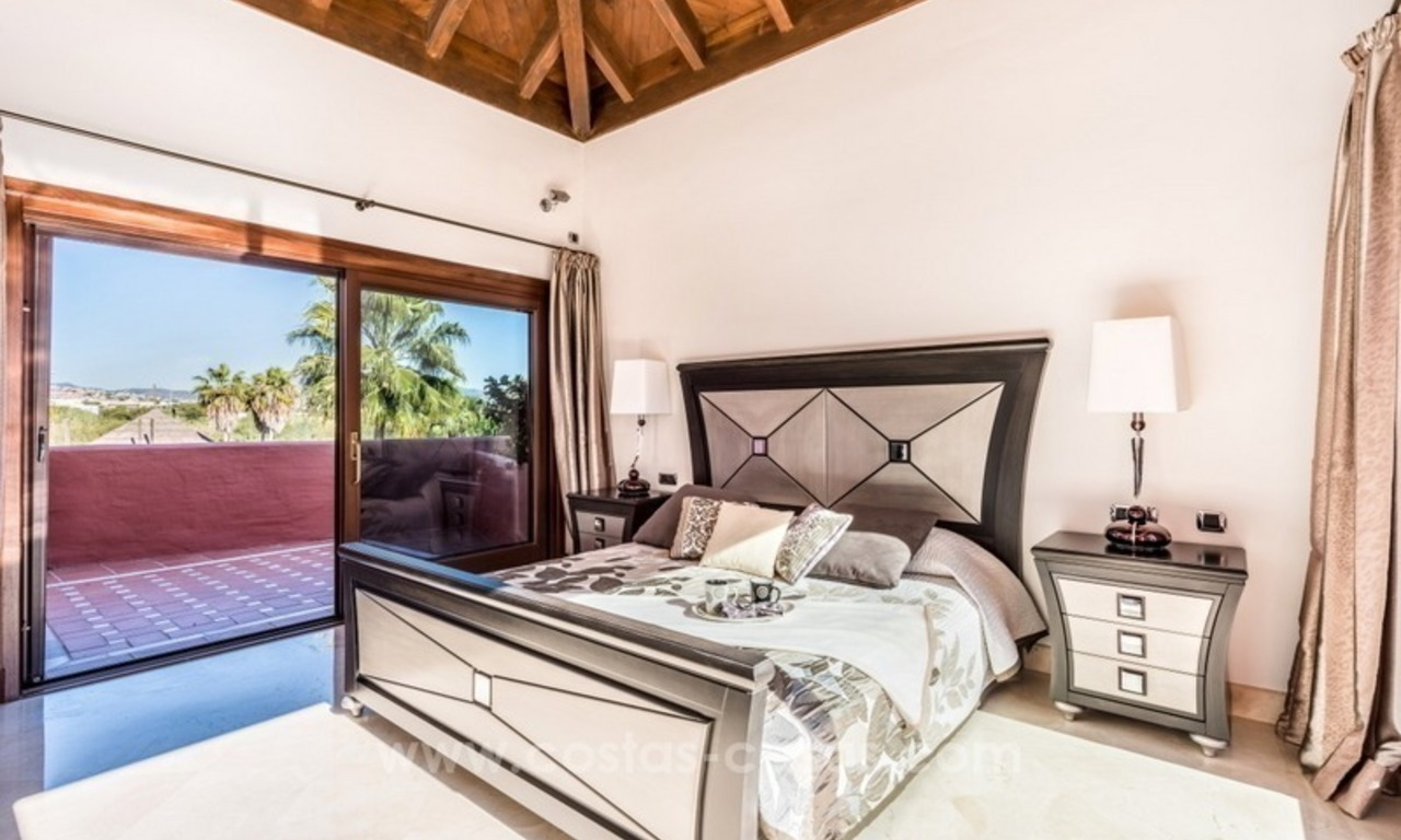 Beautiful frontline beach penthouse for sale on the New Golden Mile, in Estepona - Marbella 10