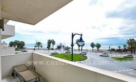 Modern beachfront apartment for sale, on the boulevard in the centre of Estepona 17