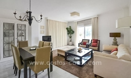 Modern beachfront apartment for sale, on the boulevard in the centre of Estepona 24