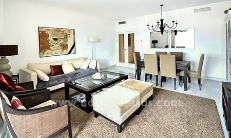Modern beachfront apartment for sale, on the boulevard in the centre of Estepona 19
