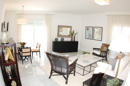 Modern beachfront apartment for sale, on the boulevard in the centre of Estepona 10