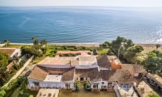 Beachfront plot with Villa Building Project for sale on the New Golden Mile, Marbella - Estepona 1