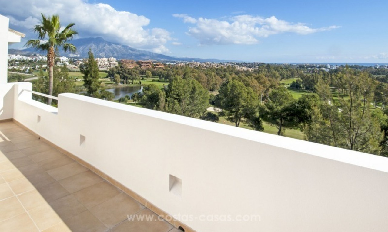 Front line golf, modern style villa for sale in Marbella - Benahavis with spectacular views to the sea, golf and mountains 39
