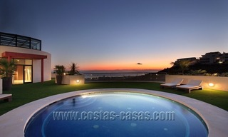 Luxury Modern Penthouse For Sale in Marbella 24