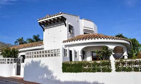 Cozy, partly renovated villa for sale in Marbella town 3