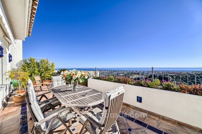 Top quality penthouse for sale in Benahavis - Marbella