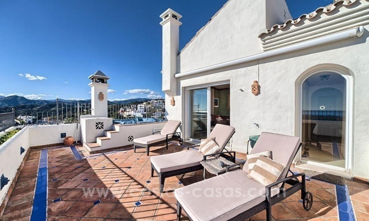 Top quality penthouse for sale in Benahavis - Marbella 2