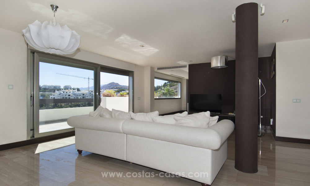 Panoramic sea view modern penthouse apartment for sale in Benahavis, Marbella 19984