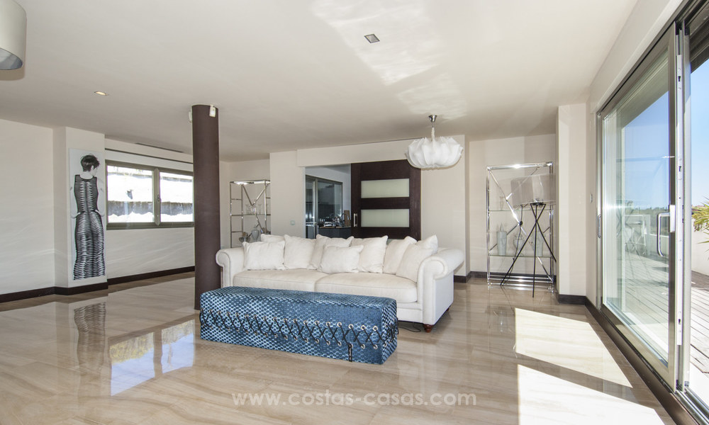 Panoramic sea view modern penthouse apartment for sale in Benahavis, Marbella 19985