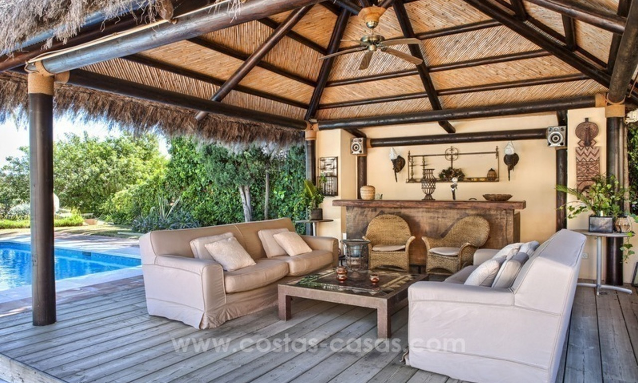 Exclusive frontline golf villa for sale, first line Golf, Nueva Andalucia, Marbella 6