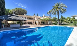 Exclusive frontline golf villa for sale, first line Golf, Nueva Andalucia, Marbella 4