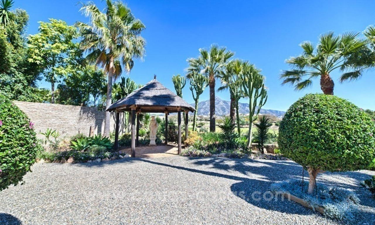 Exclusive frontline golf villa for sale, first line Golf, Nueva Andalucia, Marbella 3