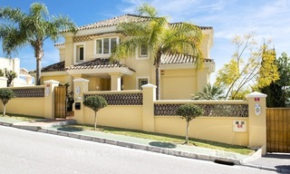 Large frontline golf villa for sale in Nueva Andalucía, Marbella 7