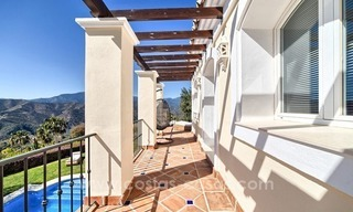 Luxury villa with amazing views for sale above the Golden Mile, Marbella 7