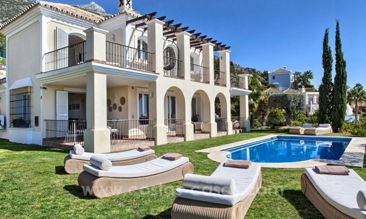 Luxury villa with amazing views for sale above the Golden Mile, Marbella 4