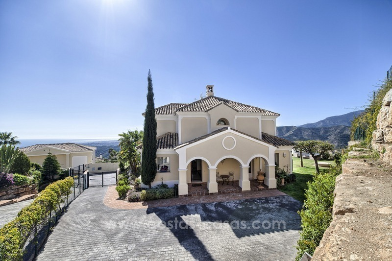 Luxury villa with amazing views for sale above the Golden Mile, Marbella