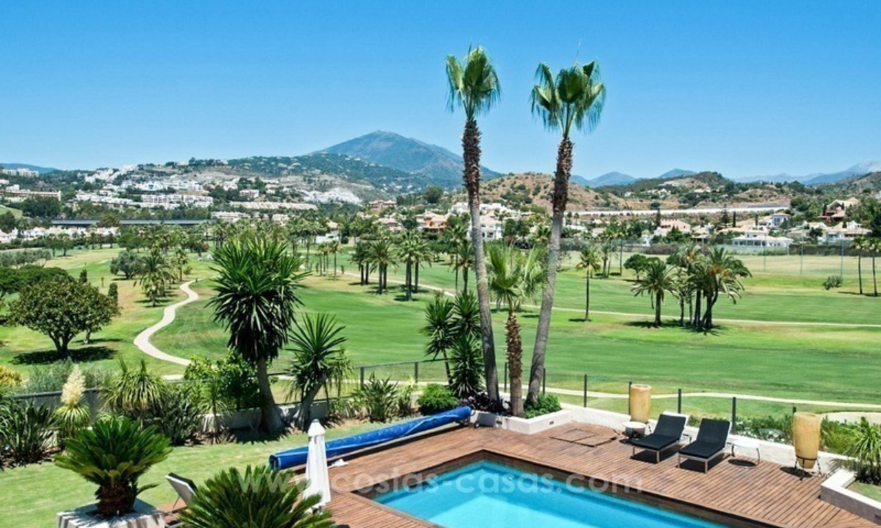 Contemporary refurbished frontline golf villa for sale in Nueva Andalucía, Marbella 0