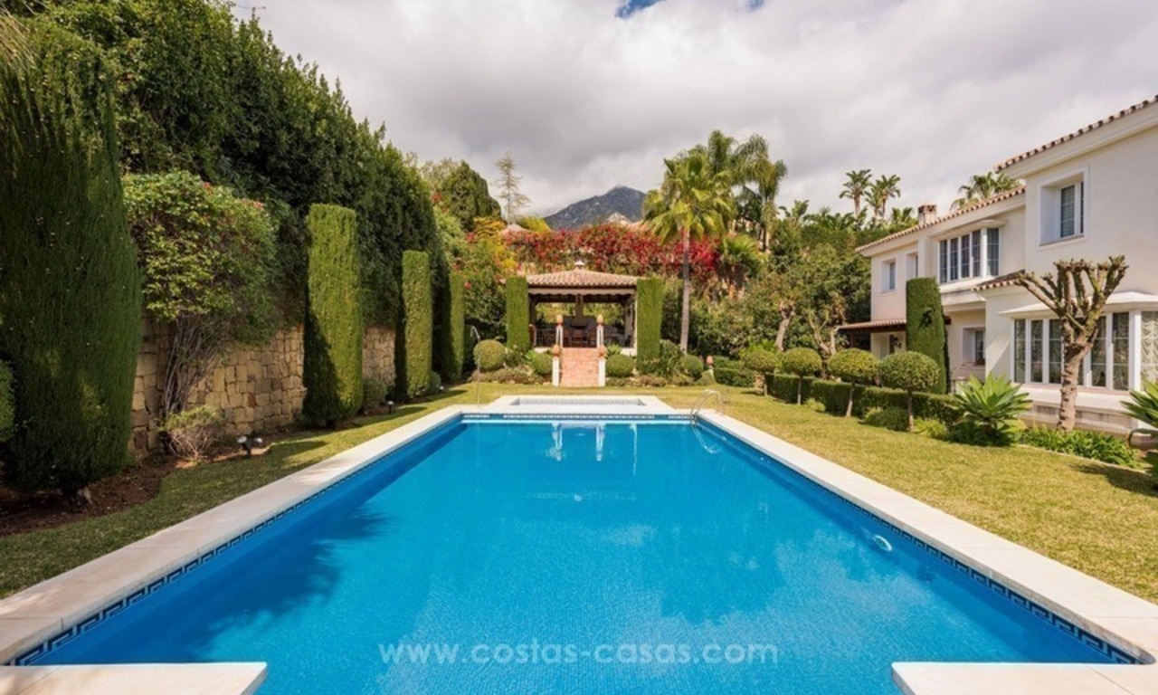 Elegant luxurious traditional style villa for sale in Sierra Blanca, the Golden Mile, Marbella 1